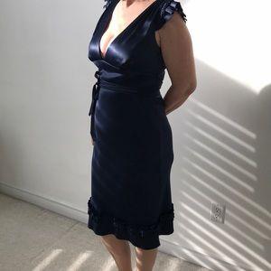 VERA WANG navy low-cut evening dress